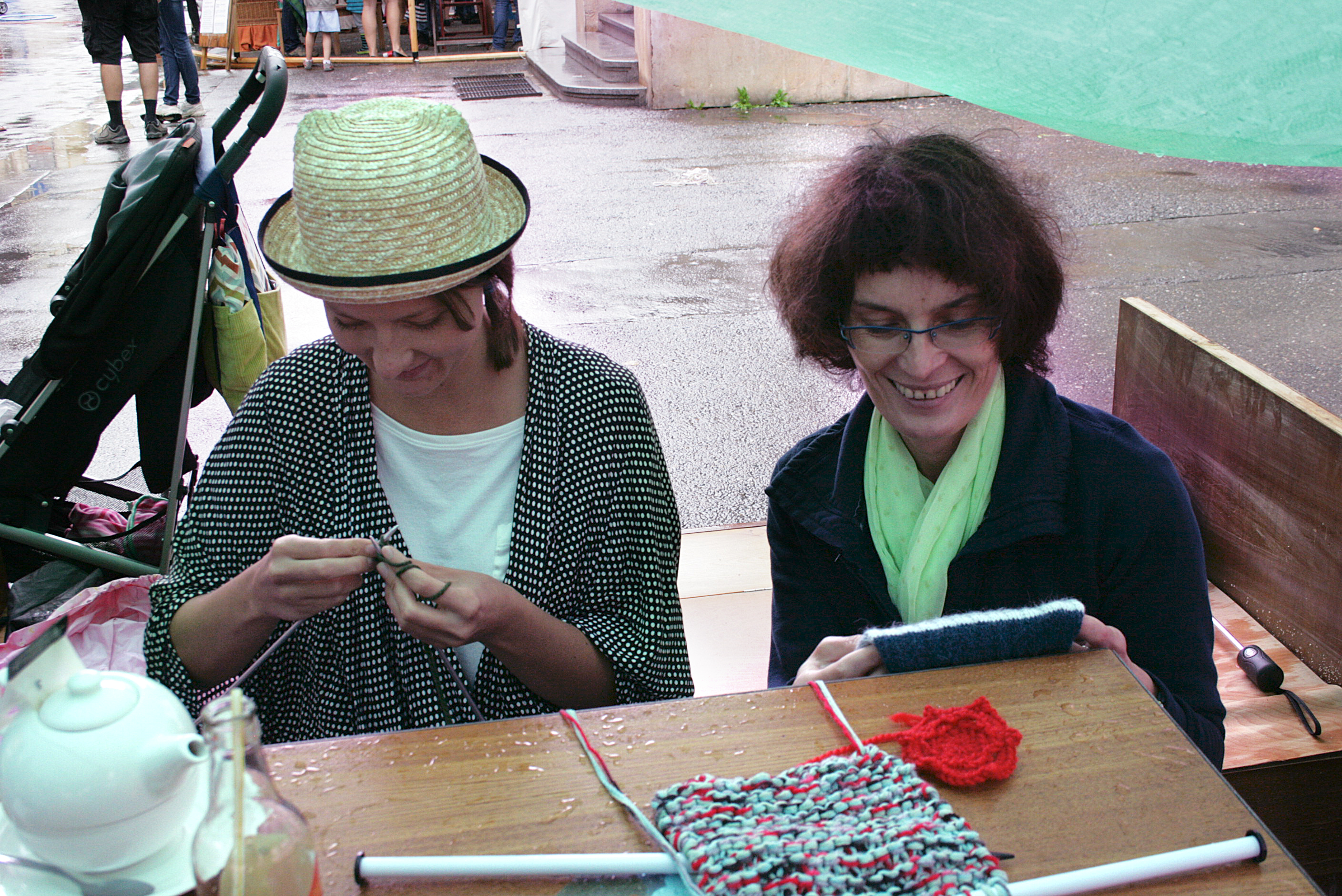 knitting at ZMJ14 1